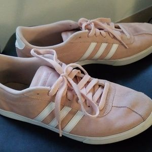 Adidas tennis court pink shoes